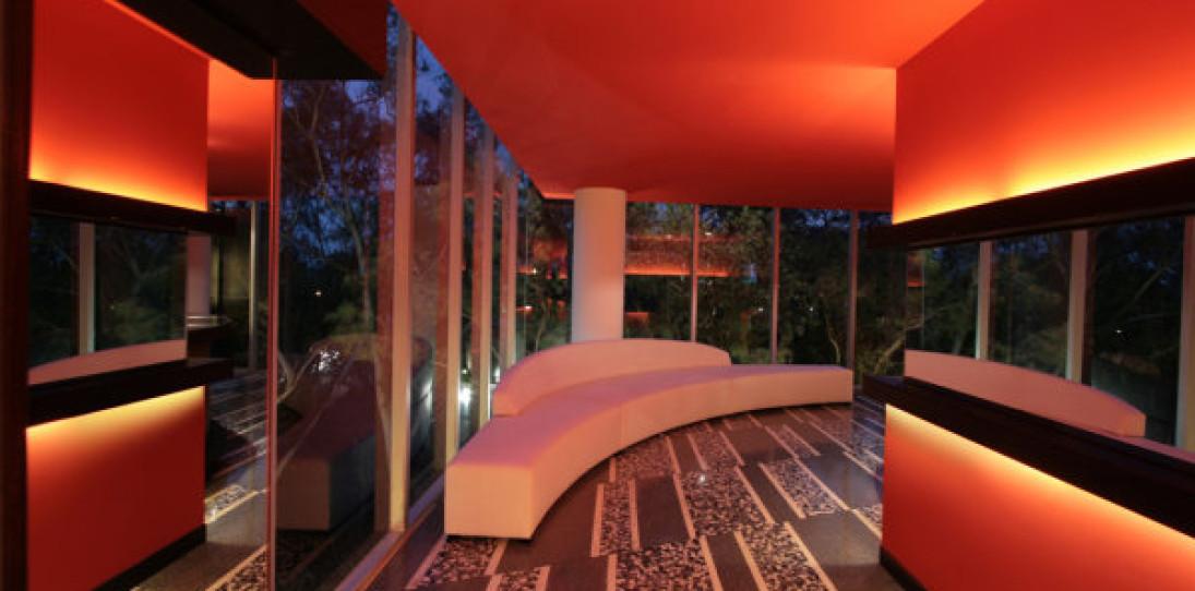 The Nisha Bar-Lounge by Pascal Arquitectos