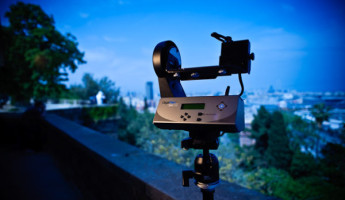 Panorama Machine: Gigapan Epic 100 Panorama Robot