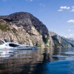 earthrace-biodiesel-powerboat_2