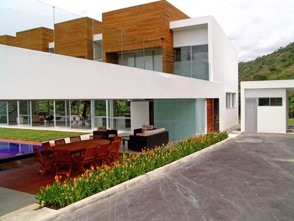 lot 23 house juan esteban correa colombia 06 Lot 23 House by Juan Esteban Correa