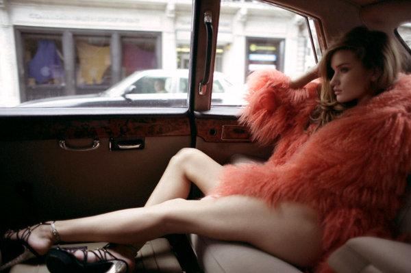 rosie-huntington-whiteley_lingerie_08