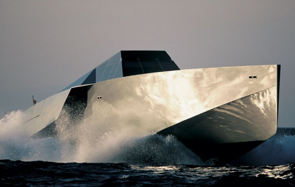 wallypower 118 yacht 2 Sea Spectacles: 10 Cutting Edge Boats of the Future
