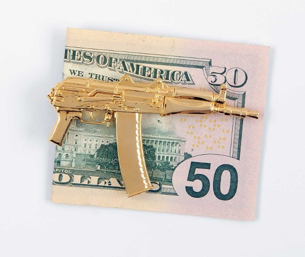 ak47 money clip1 Weaponized Jewelry: Gold Weapon Inspired Accessories