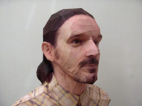 bert-simons_papercraft-sculpture-portraits_3
