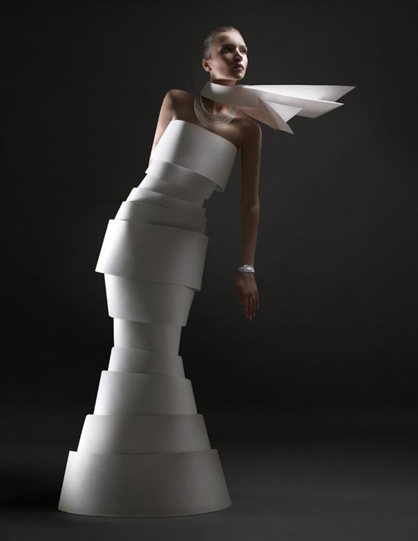 paper fashion by alexandra zaharova and ilya plotnikov 3 Paper Sculpture Fashion by Zaharova and Plotnikov