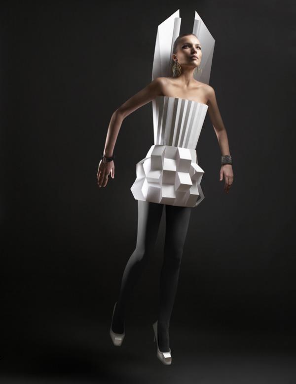 paper-fashion-by-alexandra-zaharova-and-ilya-plotnikov_5