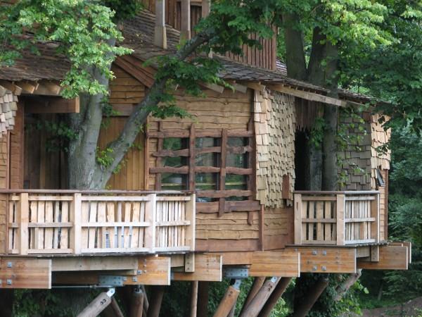 alnwick-gardens-treehouse_2