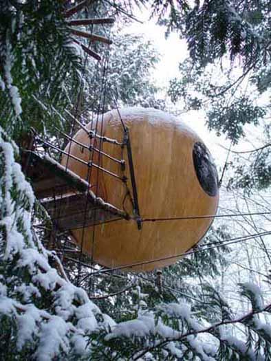 free-spirit-spheres-treehouses_2