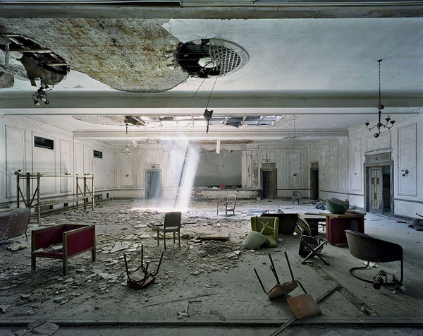 ruins-of-detroit_marchand-and-meffre_10