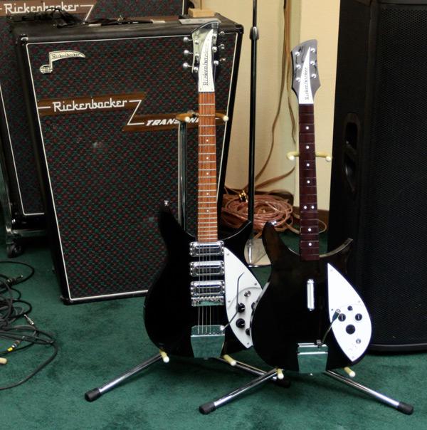 Beatles-Rock-Band_Rickenbacker 325_4
