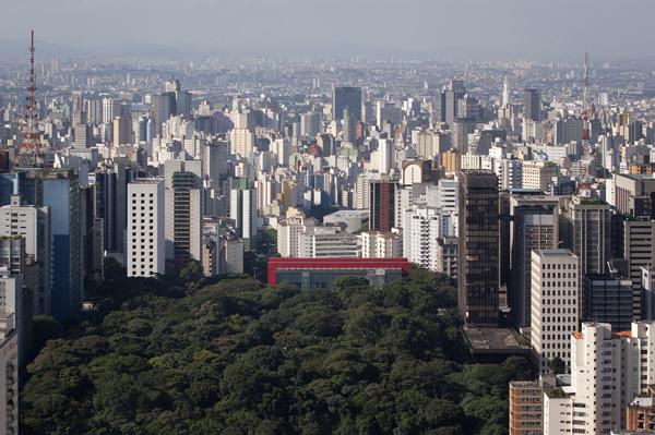Sao Paulo Museum of Art by Lina Bo Bardi 2