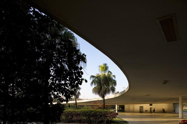 Theater in Ibirapuera Park 1