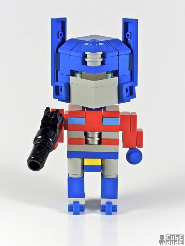 cube-dudes_optimus-prime_1