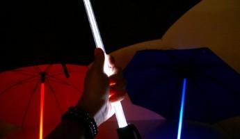 led umbrella 1 345x200 BladeRunner Umbrella Design with LEDs