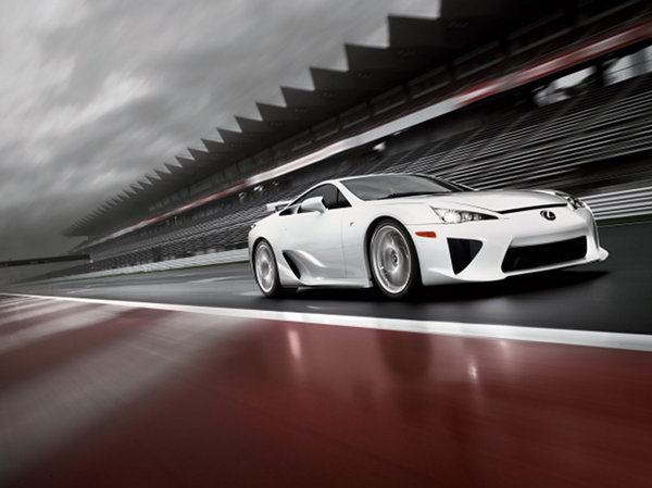 lexus lfa 2 The Lexus LFA: a Genuine Japanese Supercar