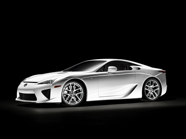 lexus lfa 3 The Lexus LFA: a Genuine Japanese Supercar