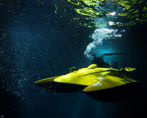 scubacraft underwater boat 1 ScubaCraft Underwater Boat