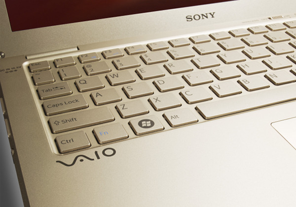 sony vaio x 5 Sony VAIO X: Goes for the Gold, Gets Bronze Instead