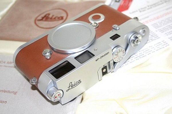 leica hermes limited edition m7 3 Leica M7 Hermes Limited Edition Camera