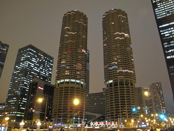 marina-city_chicago_1