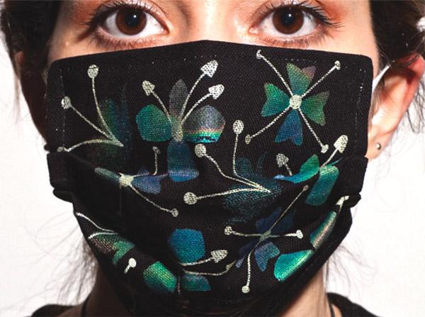 thermachromic flu masks 1 Thermocromic Flu Masks by Marjan Kooroshnia