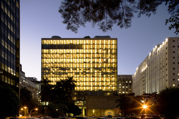 Ministry-of-Education-Building-by-Oscar-Niemeyer-1