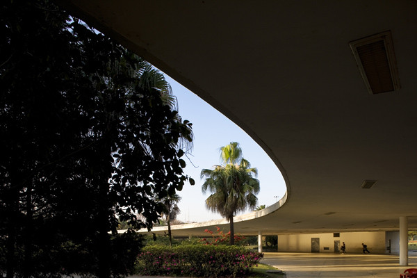 Theater-in-Ibirapuera-Park-1