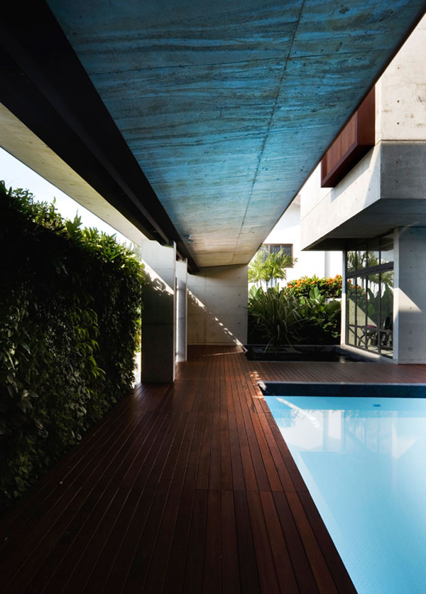 apartment-house-in-seletar-estate-singapore-by-formwerkz-architects_5
