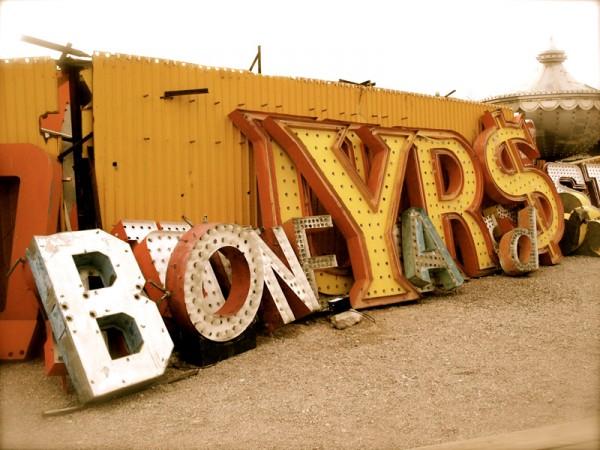 las vegas boneyard neon light graveyard 1 Neon Boneyard: the Las Vegas Neon Museum