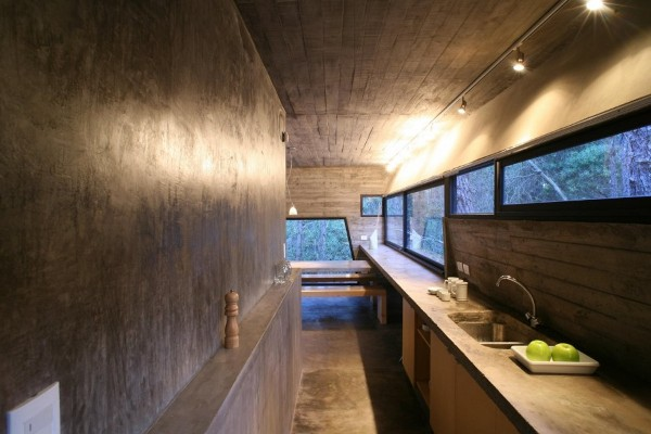 concrete-house-mar-azul-forest_BAK-architects_12