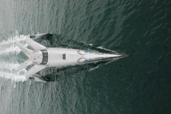 earthrace-biodiesel-powerboat_3