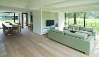 Hunsteigen Nature Lodge by Logg Architects