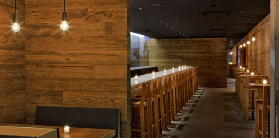 Pio Pio Restaurant by Sebastian Mariscal