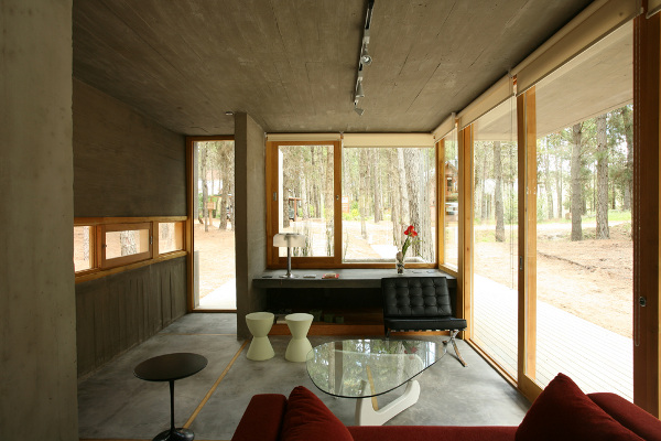 Casa Entre Arboles