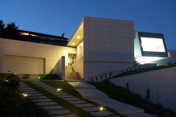 Santander House by A-cero Architects