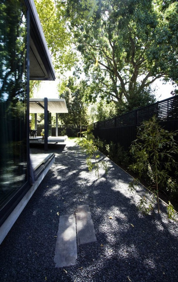 Elm and Willow House by Architects EAT 19