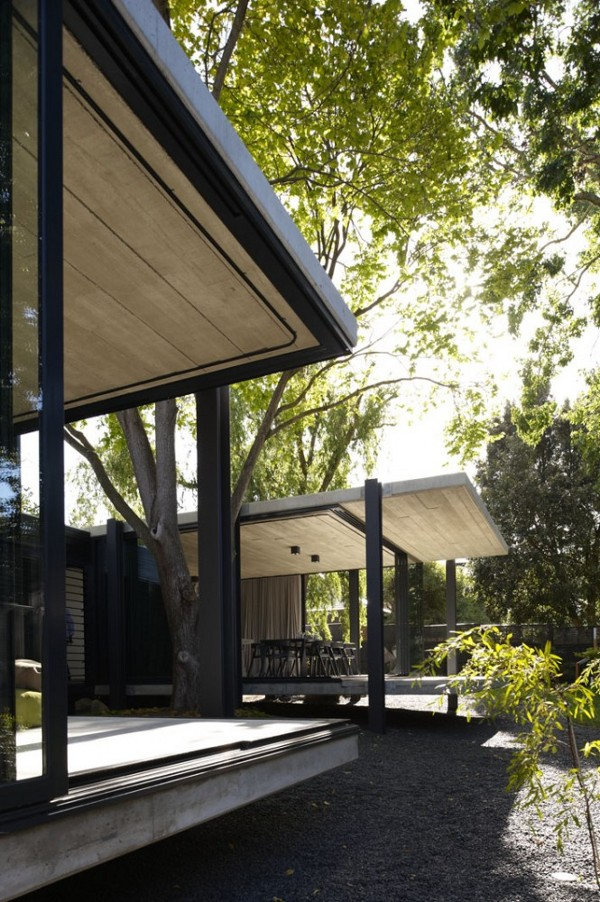 Elm and Willow House by Architects EAT 4
