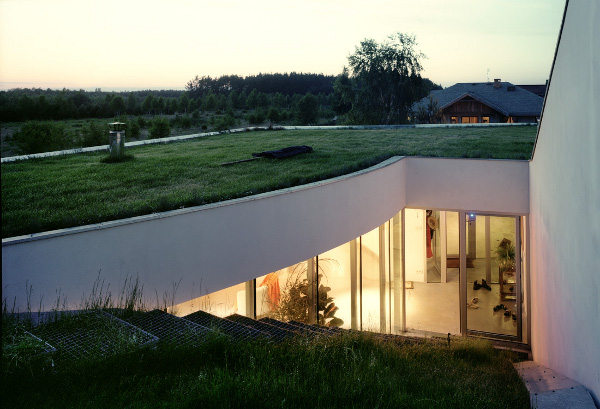 OUTrial House by KWK Promes 2