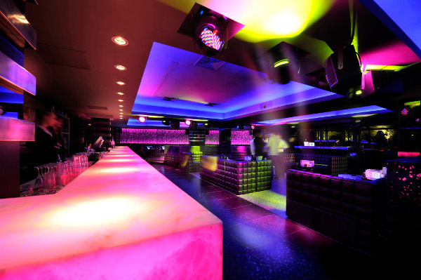l'arc paris restaurant and nightclub 10