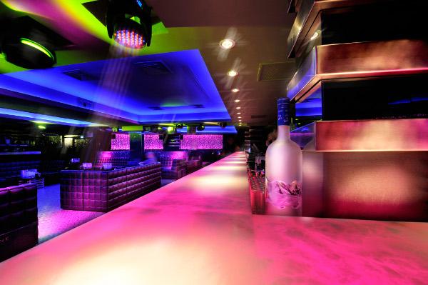 l'arc paris restaurant and nightclub 9