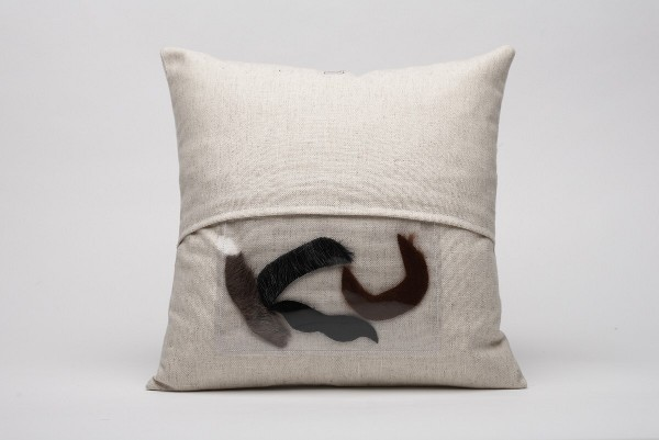 moustache-pillow_2