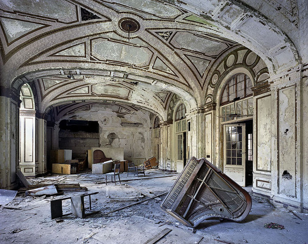 Abandoned Places: Ruins of Detroit