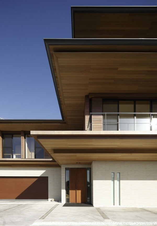 T Residence by Kidosaki Architects Studio 9