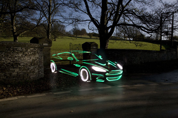 se7en-magazine-light-graffiti-cars_1