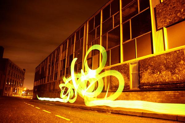 sola-light-bombing-light-graffiti_4