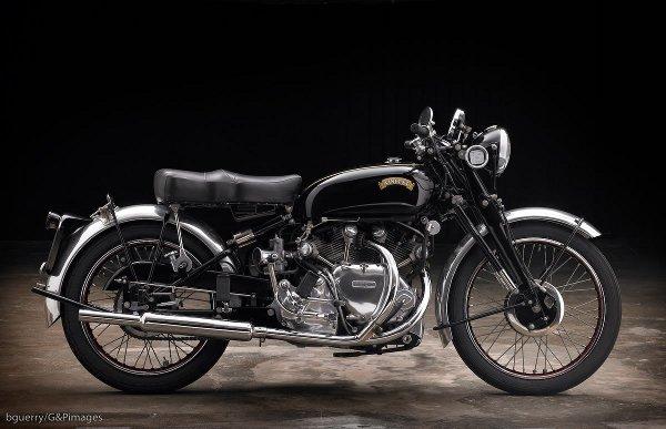 1951 Vincent Rapide 1 1951 Vincent Rapide: Vintage V Twin Velocity