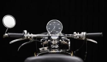 1951 Vincent Rapide Seat Shot