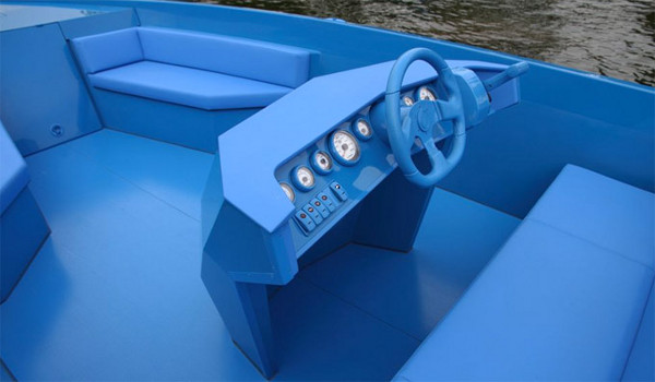 Blue Boat by Xavier Veilhan 6 The Blue Boat by Xavier Veilhan