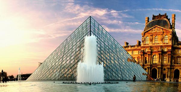 louvre-pyramid_3
