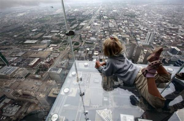 sears-tower-glass-balcony_1